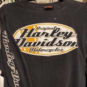 2010 Harley Davidson longsleeve with big logo sz M